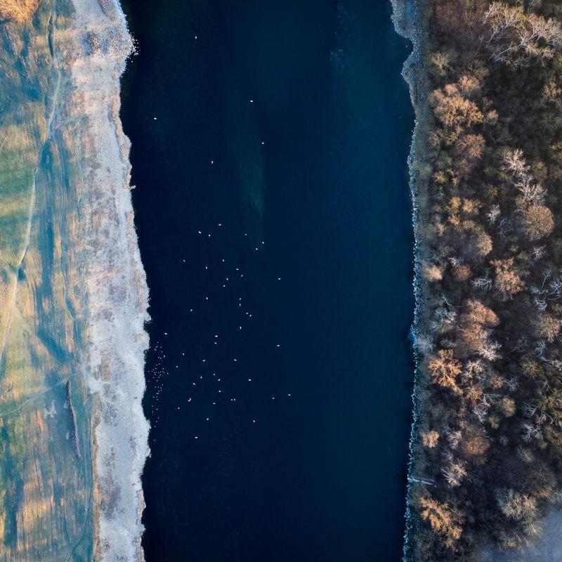 Le Rhône naturel vu du ciel - Regis Dondain & Ianis Cima